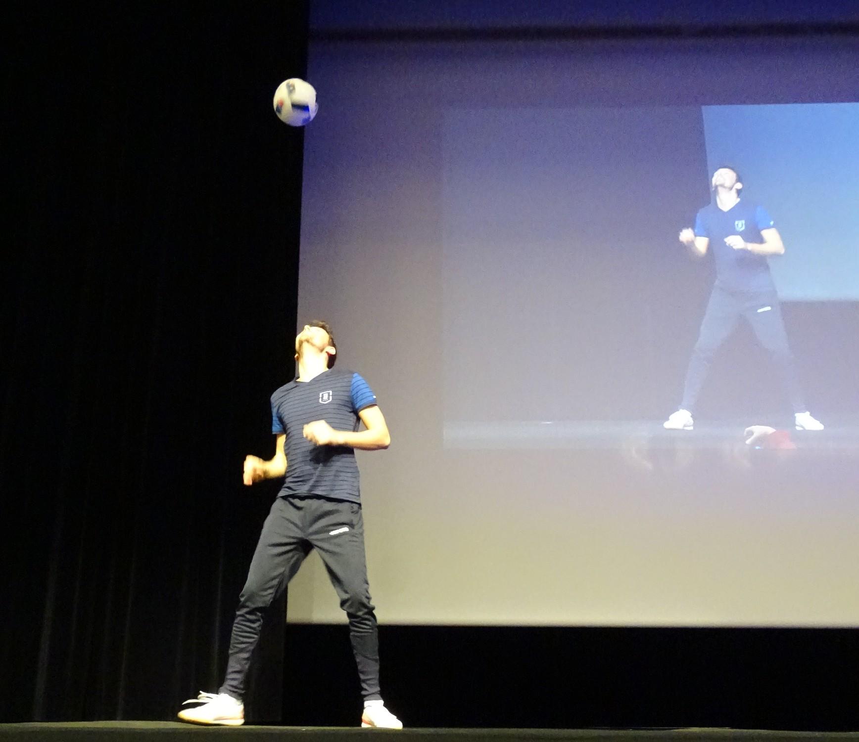 Freestyle Foot Show pour un séminaire au Parc des Expositions du Mans !